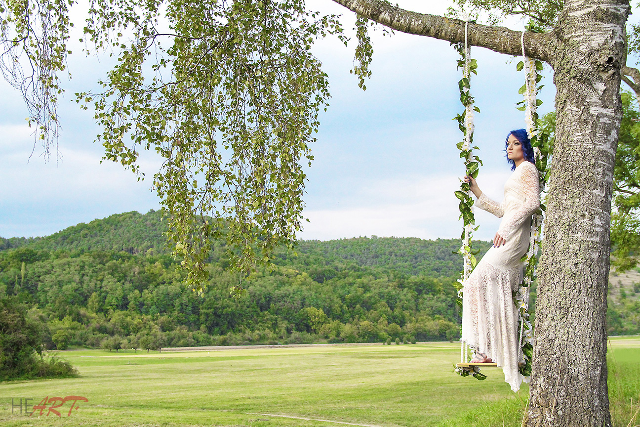 outdoor_bride1.jpg