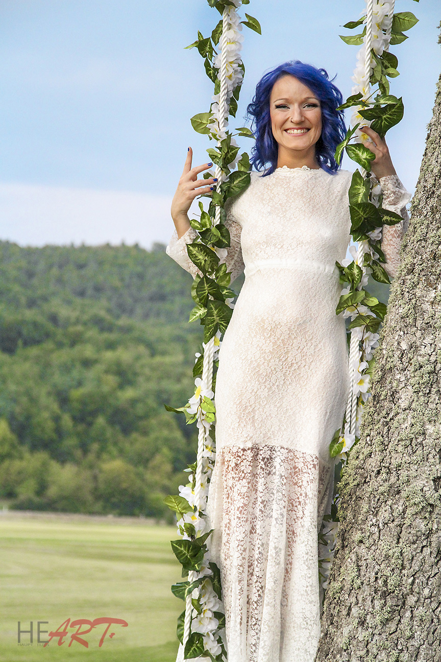 outdoor_bride2.jpg