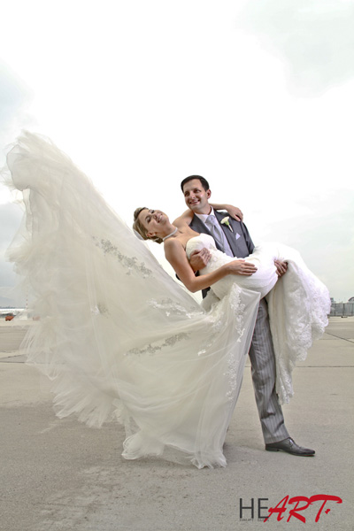 wedding_airport1.jpg